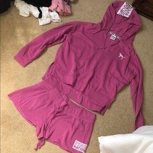 Vs pink short set